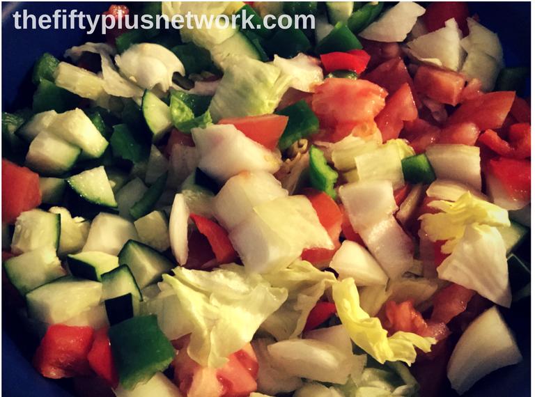 Chunky Garden Salad healthyeating healthyeats healthymeal healthymeals healthylifestyle healthyliving